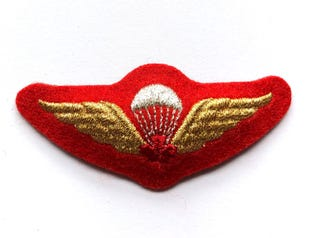 Parachutist Red Mess Dress Badge