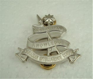 Canadian Intelligence Corps (C INT C) Collar Dogs-English Officer