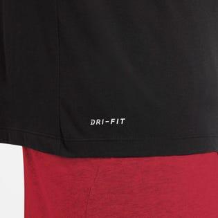 T-shirt d'entraînement pour hommes Dri-Fit de Nike