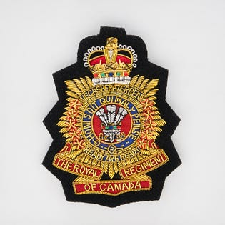 Écusson de blazer brodé à la main du Royal Regiment of Canada