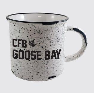 Tasse en céramique«feu de camp» de la CFB Goose Bay