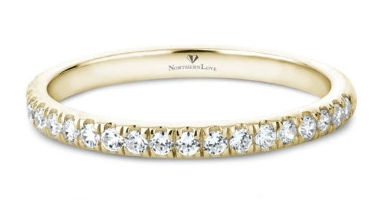 NORTHERN LOVE 14K Yellow Gold Diamond Wedding Band Total Carat Weight 0.23ct (EA3)
