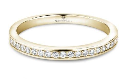 NORTHERN LOVE 14K Yellow Gold Diamond Wedding Band Total Carat Weight 0.20ct (EA3)