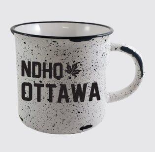 Tasse en céramique de la NDHQ Ottawa