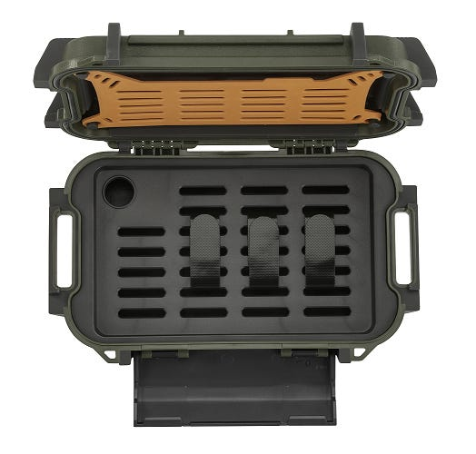 PELICAN Ruck Case Green R40